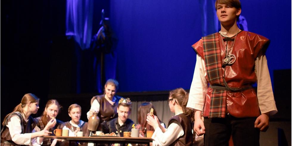 Atelier 2 speelt Macbeth