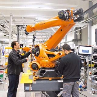 산업용 로봇, 국내-해외 인건비 격차를 줄이는 요소