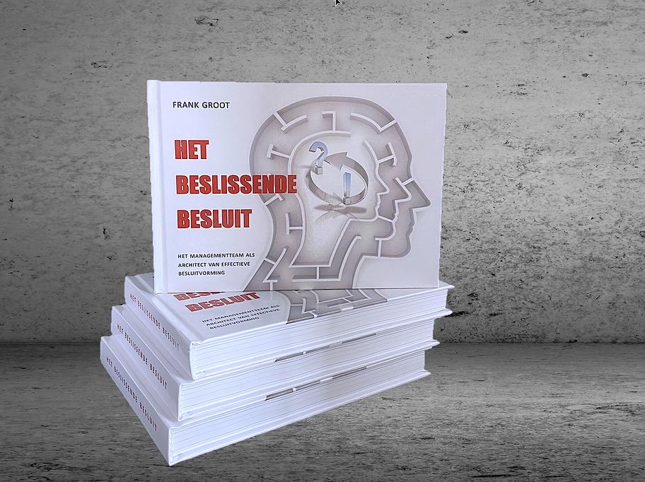 boek_het beslissende besluit_beton_stapel.png