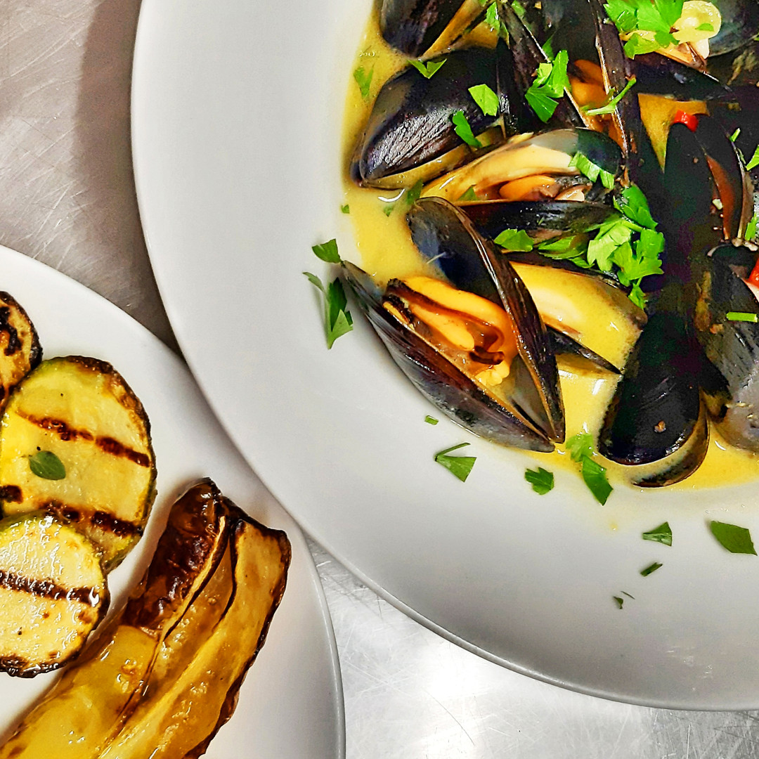 Steamed mussels with Souce