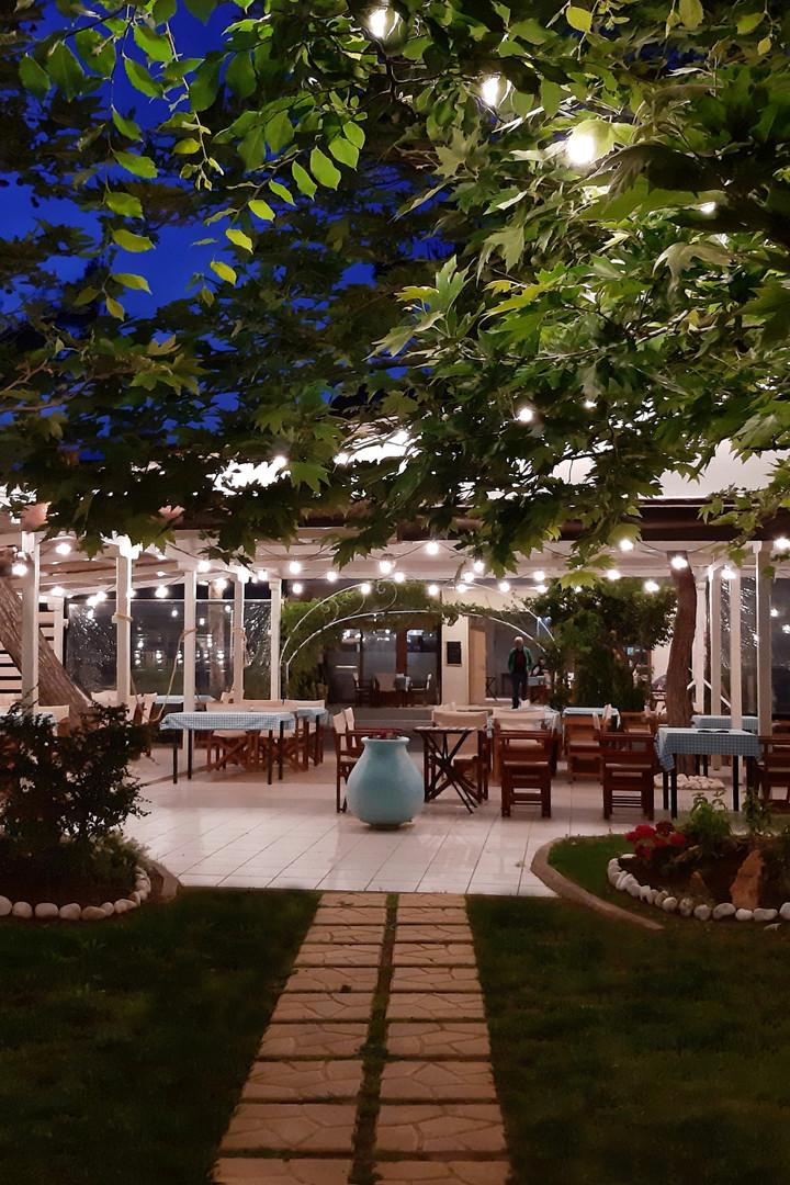 Night lighting at Kochyli Taverna