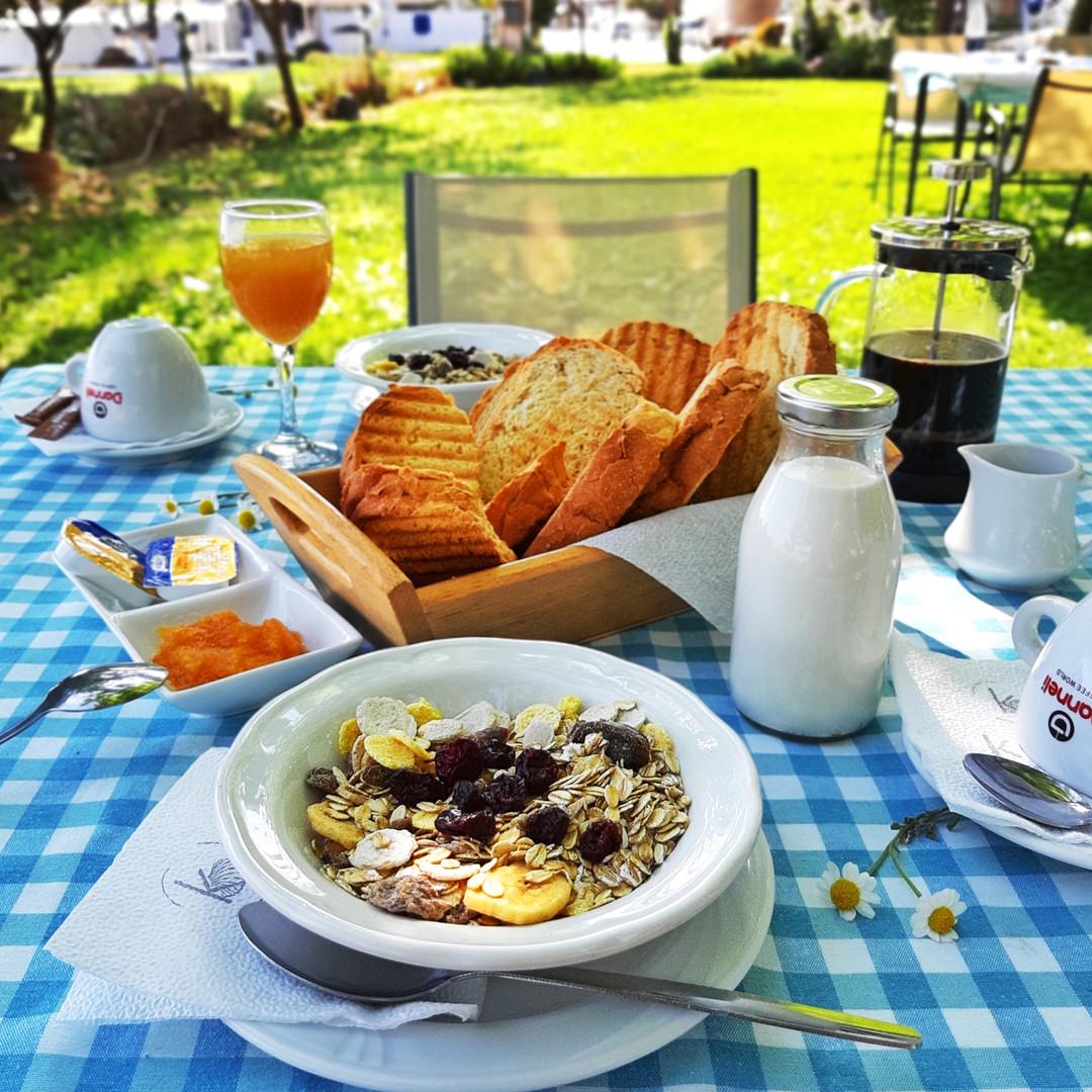 Завтрак в Kochyli Studios
