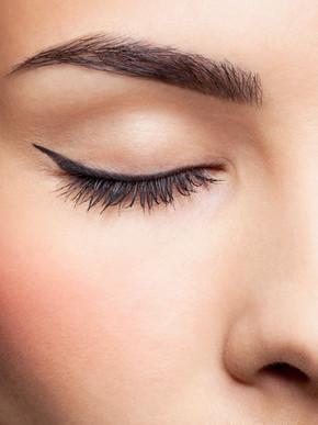 Homemade And Natural Eyelash Mascara