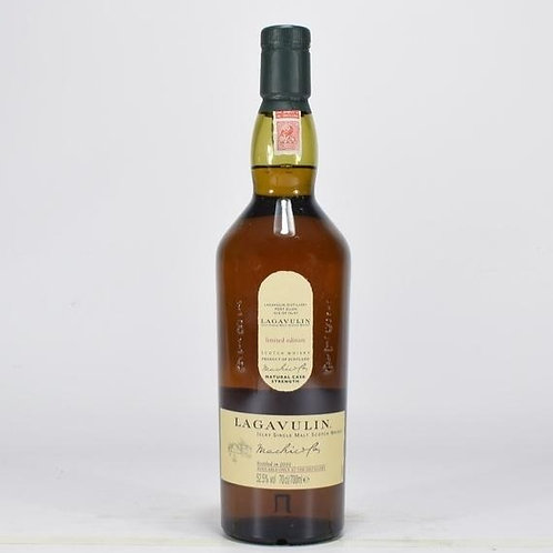 Lagavulin Distillery Only 2010