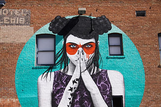 photo-of-graffiti-on-brick-wall-2605200.