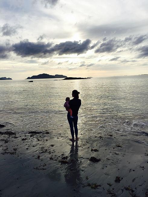 Health and wellness coach Wenche Iren beach