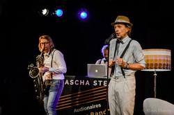 Sascha_Stead___Die_Audionaires_Allstar_Band_-_Gedankenkarussell_live_-_Klaus-Manns_KlM_2560px_086