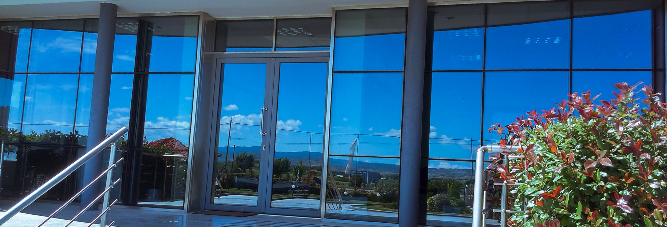 Glazed vitrine
