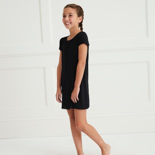 edt_Girl_Shirt_Dress_Black_HeadtoToe_Fro