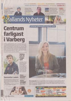 120801-Hallands_Nyheter-Margareta_Svensson_Riggs-Varbergs_Hollywoodfru_redo_för_rutan-cover-72