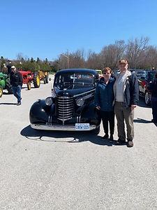Al and Judy Grondin 1937 Olds Sedan.jpg