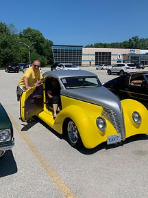 LARRY AND LEE SAWCHUK 1939 FORD CUSTOM H