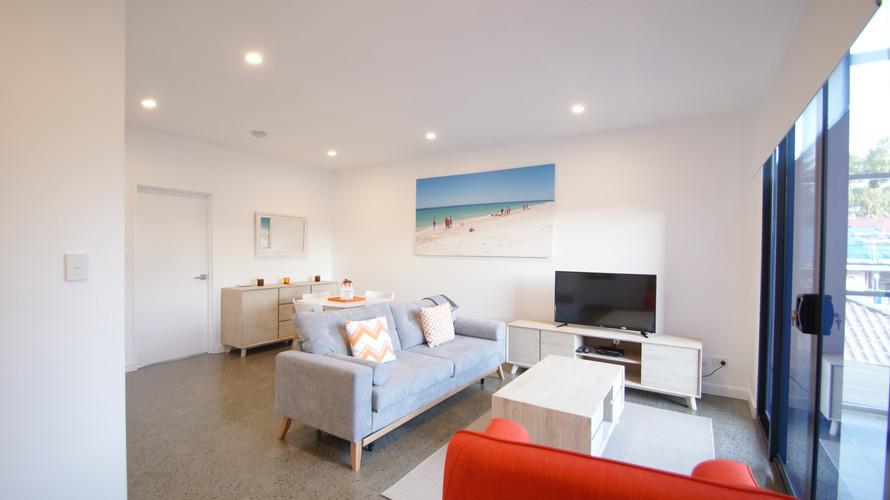 blue apartment 3.JPG