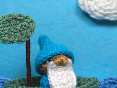 Little Gnome Setting Sail by Laura Jaworski (@bugburrypond) ⛵