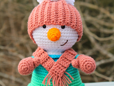 Happy Little Snowgal by Laura Jaworski ⛄