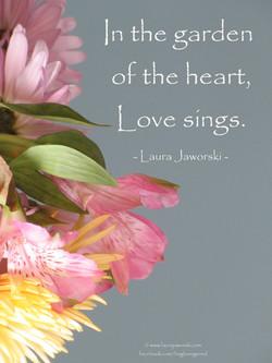 Love Sings   www.laurajaworski.com