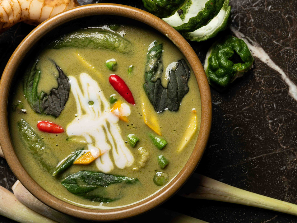 Gaeng Kiew Warn Je - Thai Green Curry wi