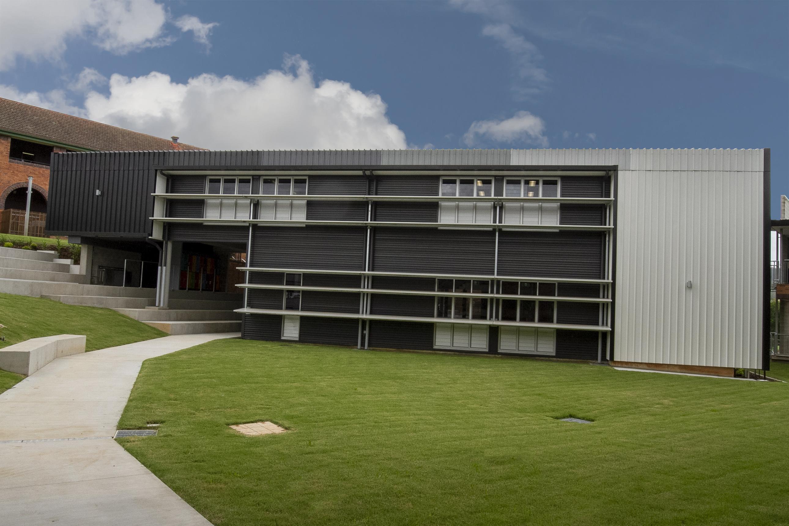 Mt Maria College