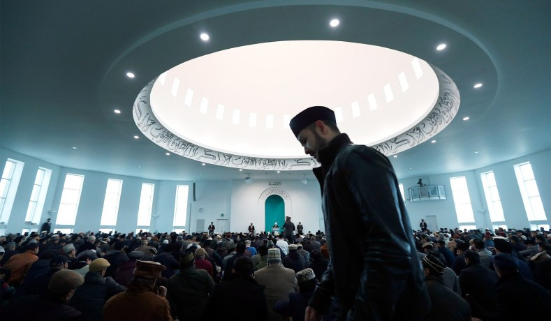 Baitul Futuh Mosque in London