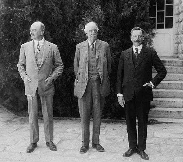 10-samuel-with-balfour-and-allenby.jpg