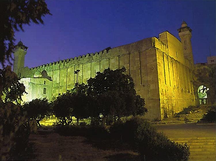 News-Hebron-Lungen-1115-Ma'arat-Hamachpe