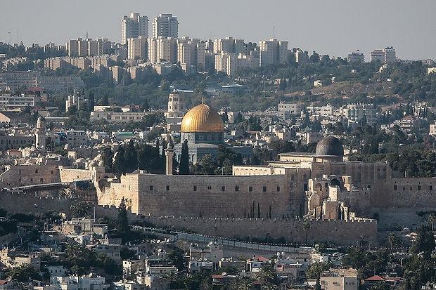jerusalem-1543555742a_mo1.jpg