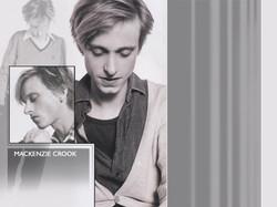 Mackenzie Crook LJ Layout 2005