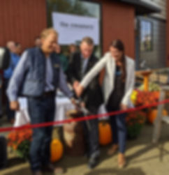 RibbonCutting_edited.jpg
