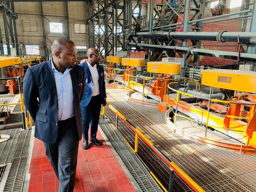 Apex Industries visita la mina de oro de Shandgold en China