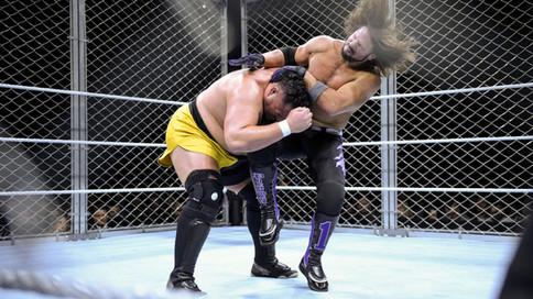 WWE Starrcade: Styles vs. Joe enjaulados; Regresa Ric Flair; Mysterio vs. Nakamura y más (VIDEOS)