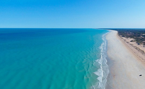 cable-beach-broome.png