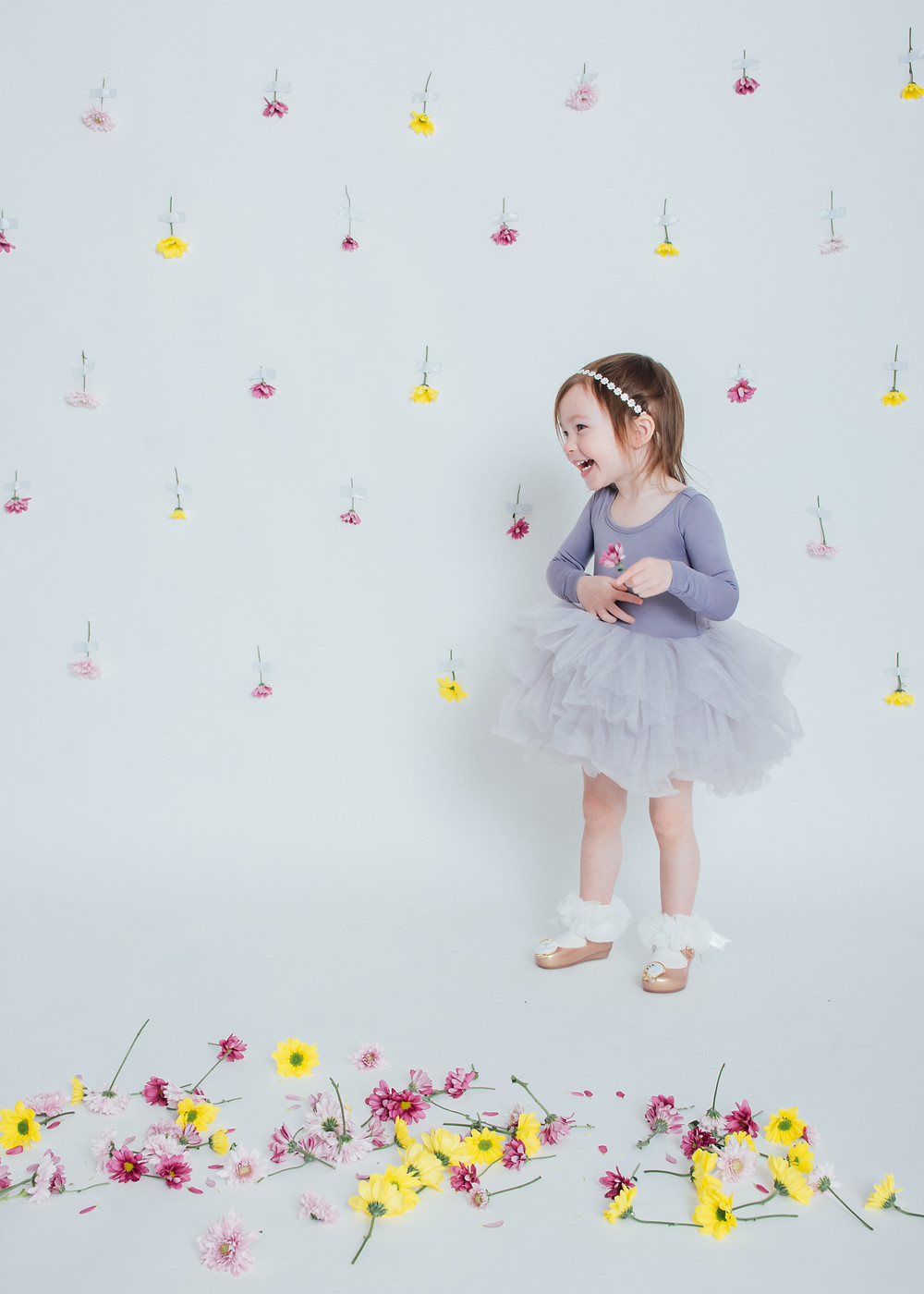 BIG shout out to Christie for inspiring me with the backdrop and having an adorable little girl for me to take photos off!! xo