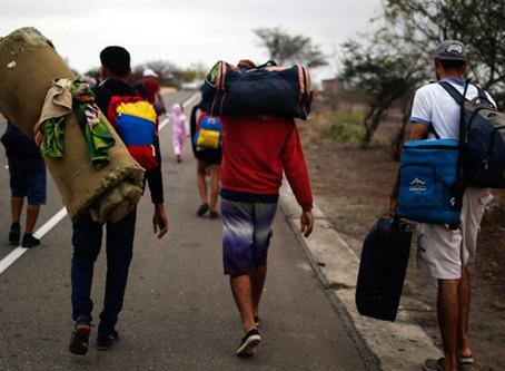 """Vaticano, jesuítas e religiosas convidam a """"escutar e envolver"""" os migrantes e refugiados"""