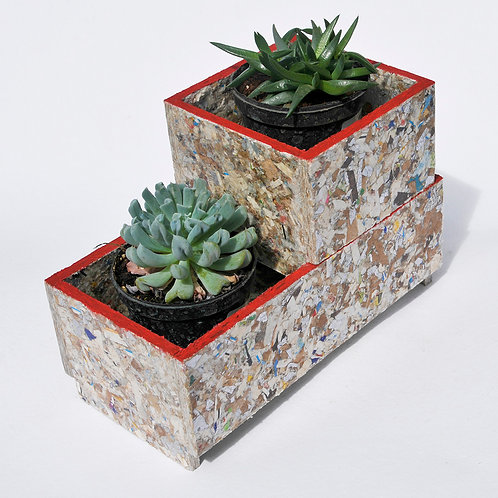 RAY STACKABLE PLANTER SET