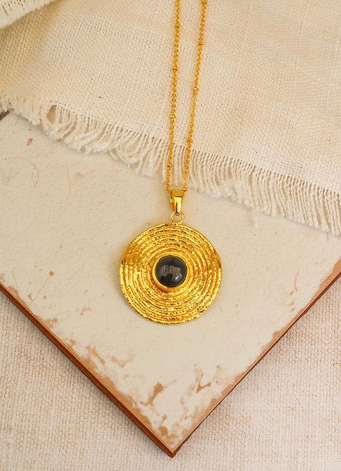 Labradorite Labyrinth Gold Necklace