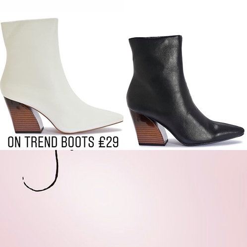 Sammy Ankle boot with block heel