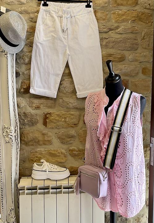 Plain Magic Capri Shorts