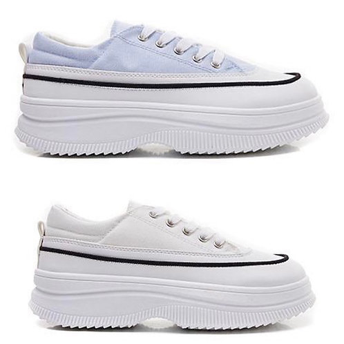 Flatform Trainers in White or Blue