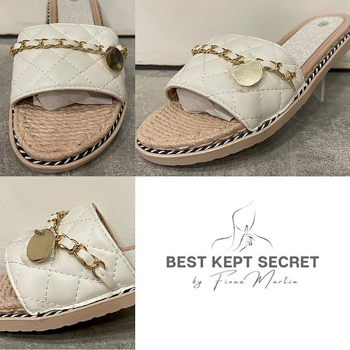 White Quilted Flat Sandals with Chain Detail