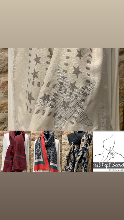 Scarves in leopard print or star embellished