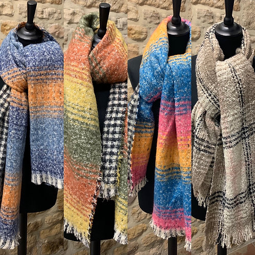 Cosy Checked Coloured Scarf