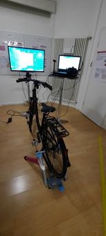 Aufgestelltes VR Fahrrad