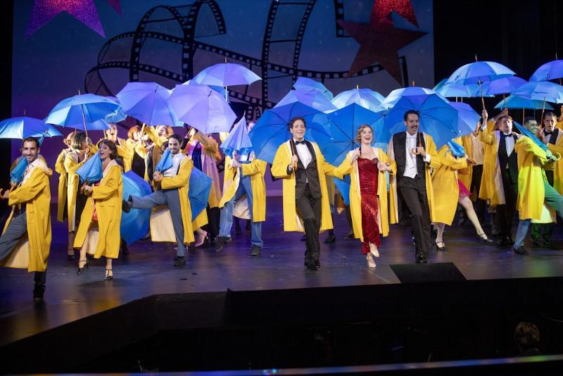 Theater_Lüneburg_Singin_in_the_Rain_C-t&