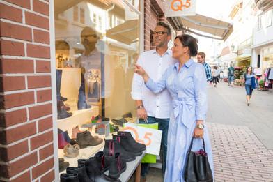 Einkaufen_Paar_C-Lüneburg_Marketing_GmbH