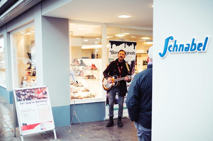 Erlebnis-Sonntag_Lüneburg_gibt_den_Ton_an_2019_C-Mathias_Schneider_(16).jpg
