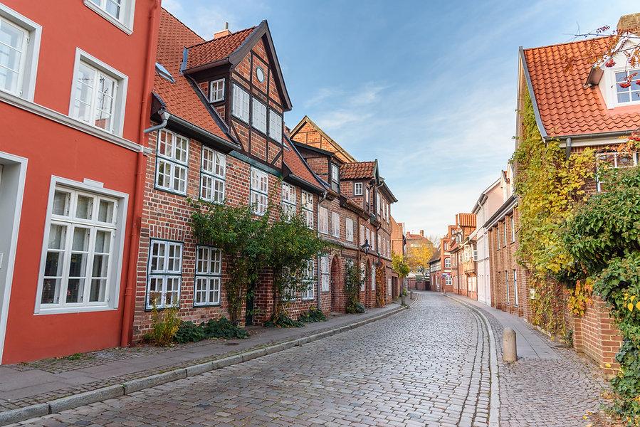 H-Altstadt-Herbst_bearbeitet_C-istock.jpg