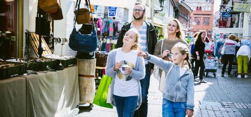H-Shopping_Familie_2_C-Lüneburg_Marketi