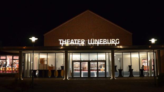 Theater Lüneburg_Außenansicht_C-Kozycki-