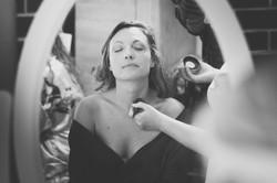 Préparation maquillage mariée Crédit photo : Julien Bergeaud