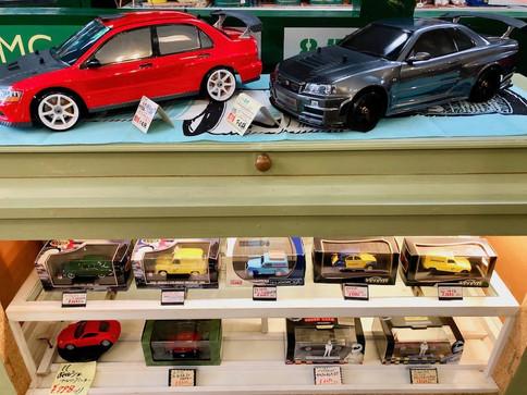 お客様製作のRCモデルの展示。